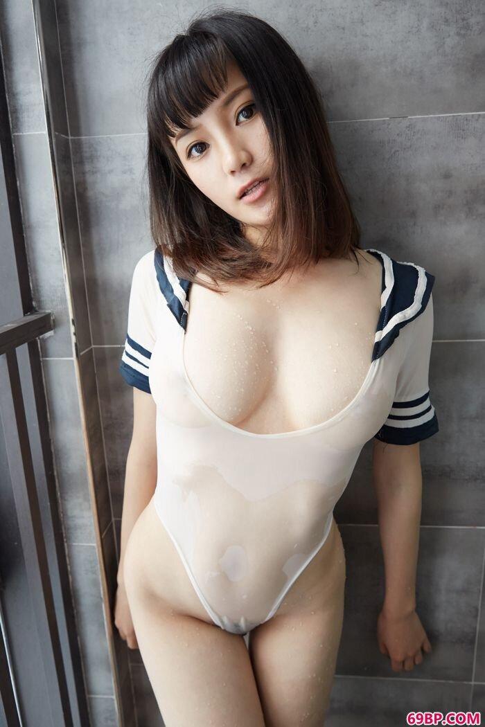 玲珑美妇结衣一丝不挂上阵白皙胴体很撩人_亚洲美利坚色在线观看