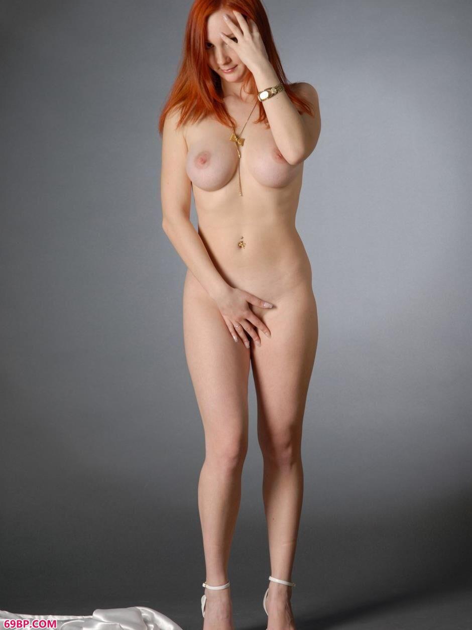 卡佳Katya室拍丰腴白皙美体_少妇裸体大屁股