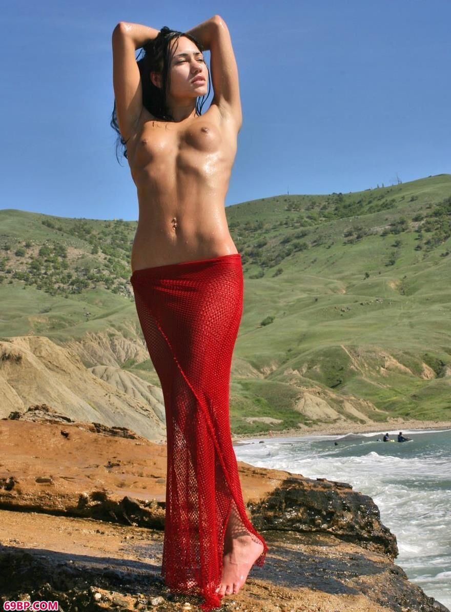 澎湃海浪中的人体2_人体艺术网址大全