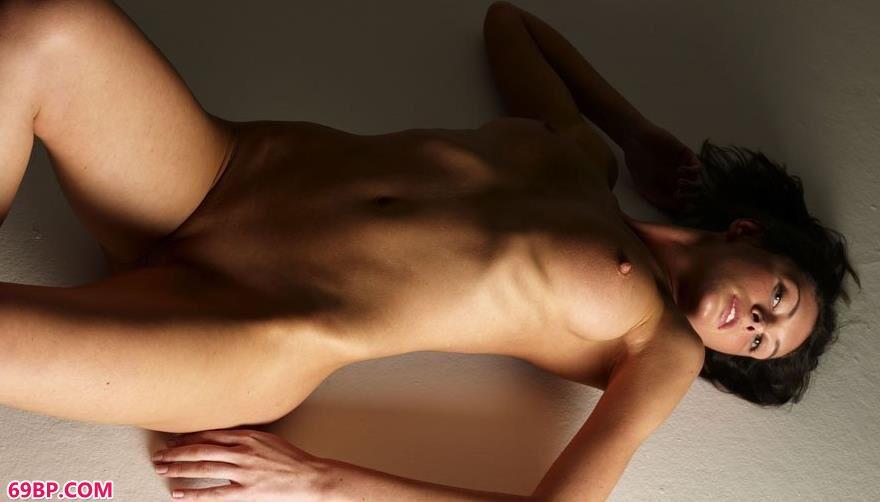 光景下的Orsi人体艺术2