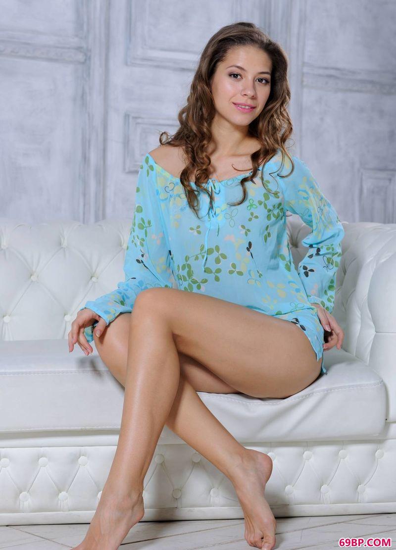 蓝衫御姐Olya