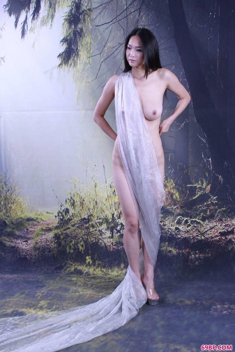 女性十大玉门图片_惟妙意境中的名模楠楠